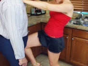 domestic-ballbusting-05