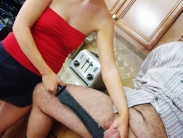 domestic-ballbusting-09