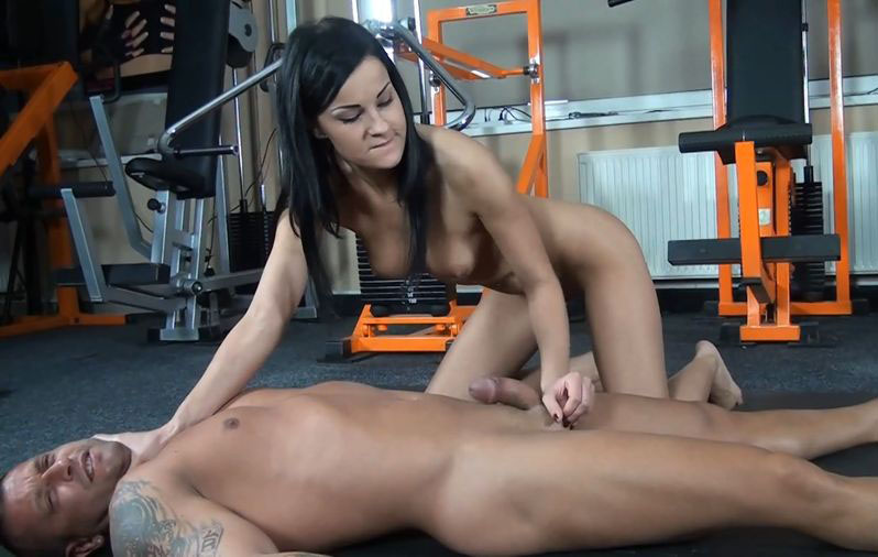 A dominating teacher gives a painful lesson for her students 5