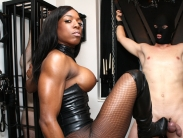 ebony-mistress-05