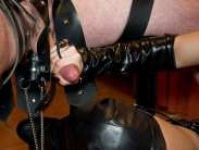 mistress-in-boots_10
