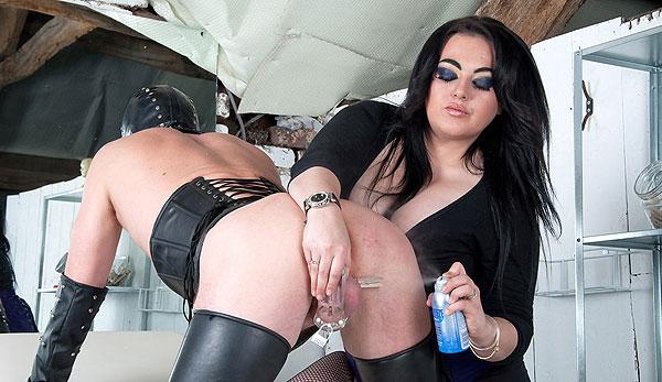 Mistress Spraying Balls